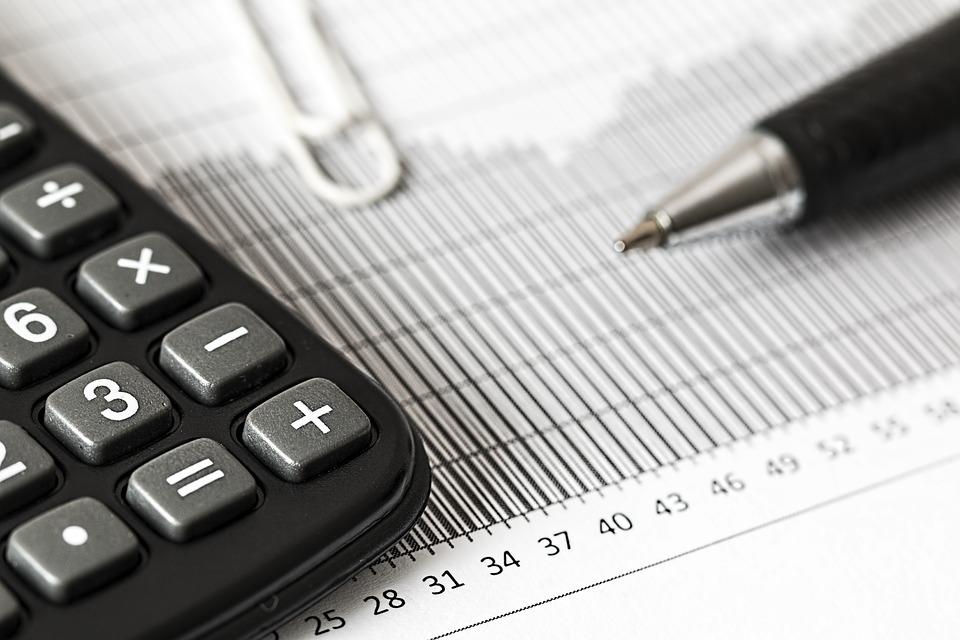 ¿Que impuestos debes pagar al vender un inmueble?